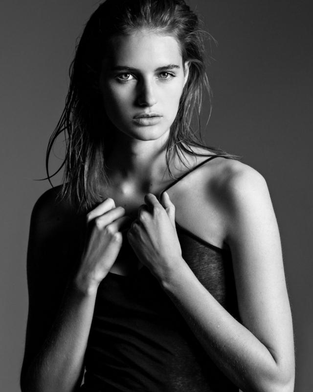 Sanne Vloet Book Wilma Wakker Model Management