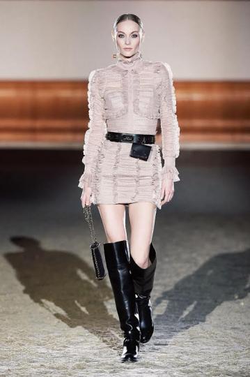 Anna- Sophia Evers for Elisabetta Franchi Fall 2021 Ready-to-wear