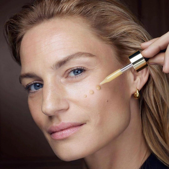 Very happy with Renee Meijer her l'OREAL skincare campaign, Make-up Gregoris Pyrpylis, Hair Stephane Lancien