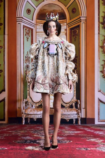 Dantè Kedde for the Viktor & Rolf New Royals Couture Fall 2021